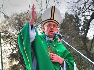 misa-de-Bergoglio-en-Consti