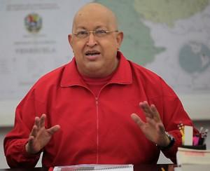 Hugo-Chávez-pelado
