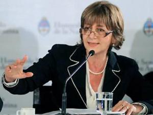 Alejandra-Gils-Carbó-conferencia