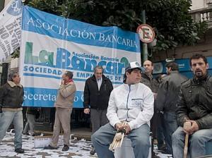 protesta-asociación-bancaria