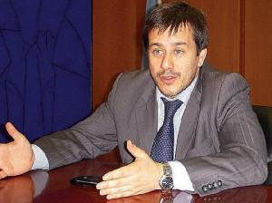 Mariano-Recalde-despacho