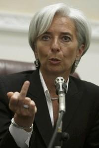 Christine-Lagarde-dedo