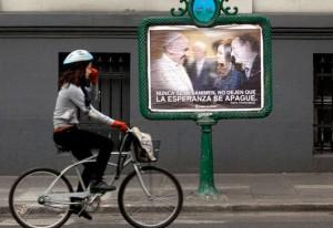Afiche-Insaurralde-y-el-Papa