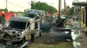 autos-quemados-Dock-Sud