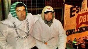 trabajadores-Paty-encadenados