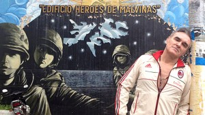 Morrissey-afiche-Malvinas