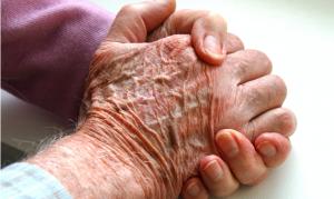 manos abuela